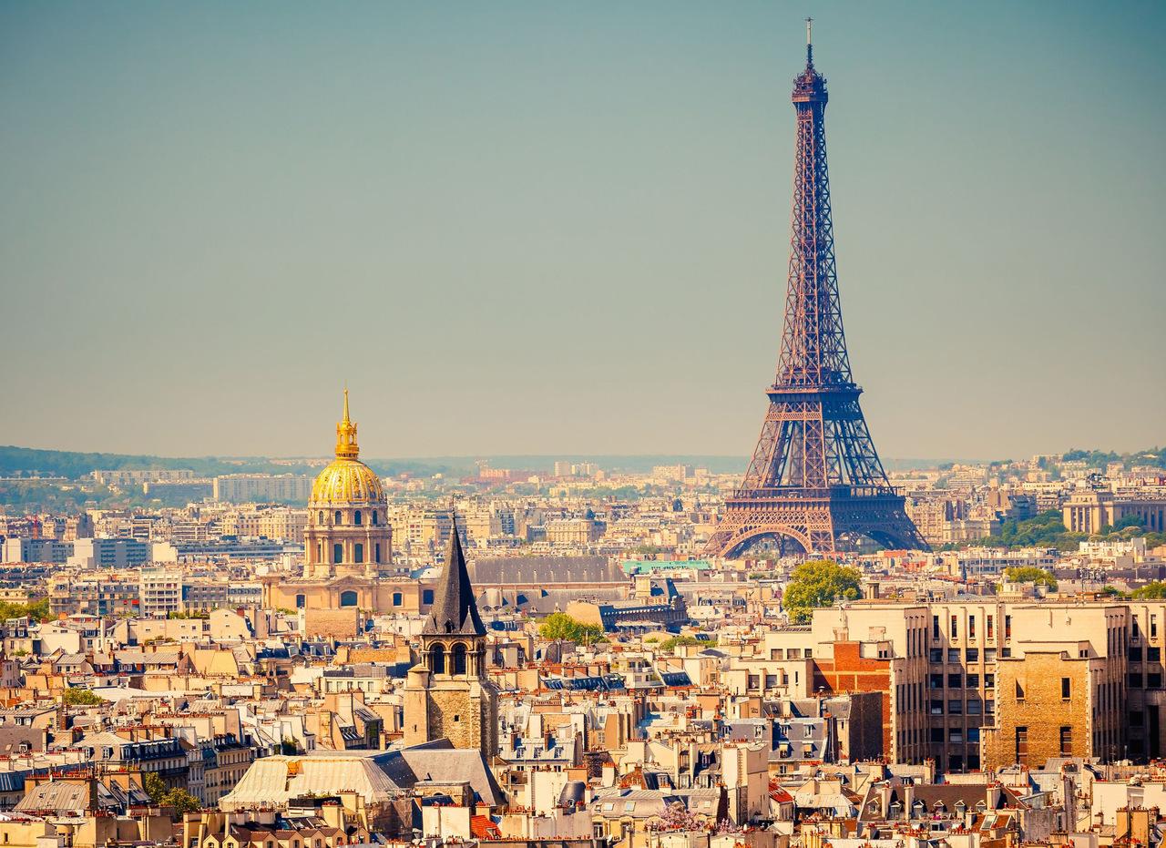 Un guide touristique en France